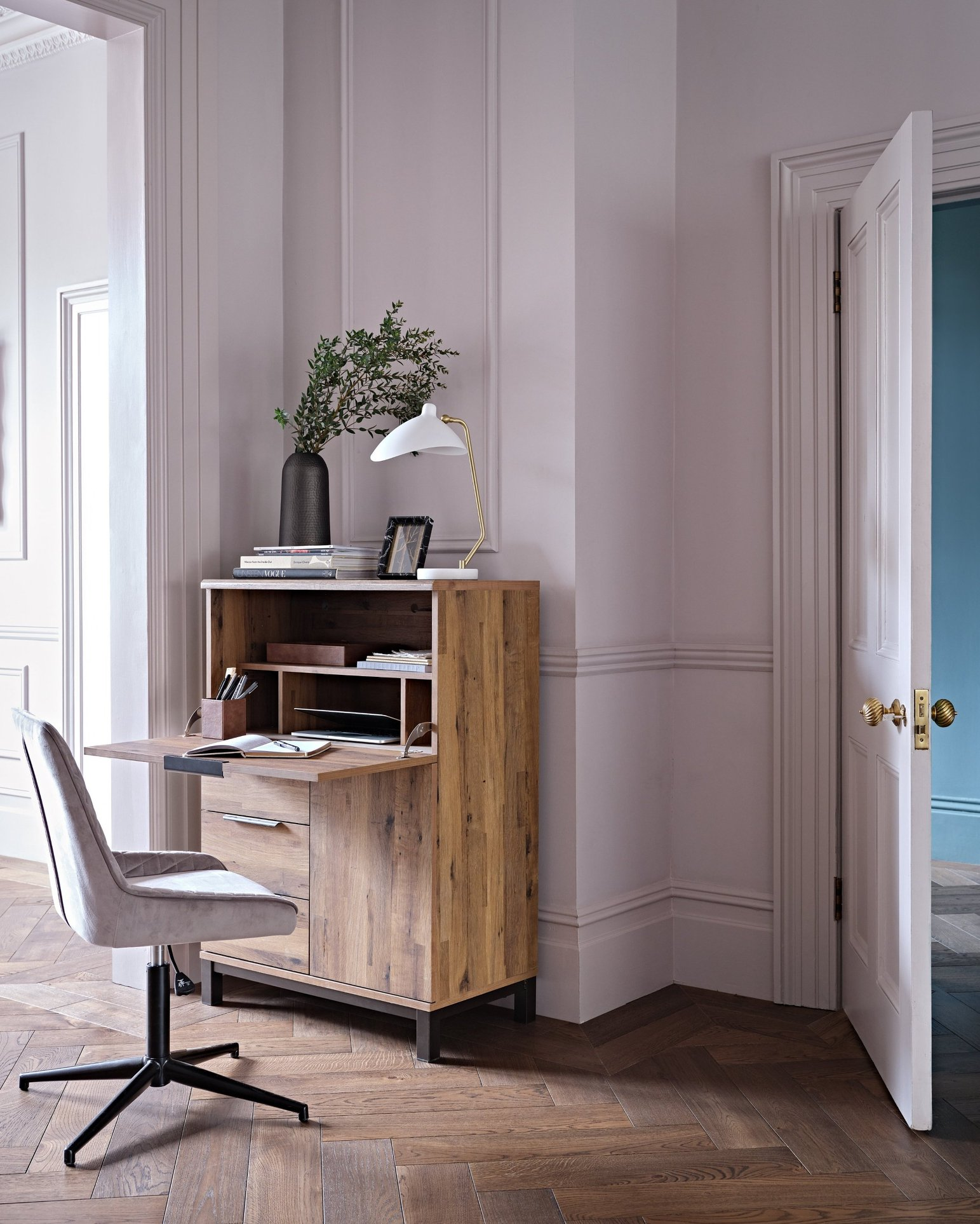 next-compact-office-furniture